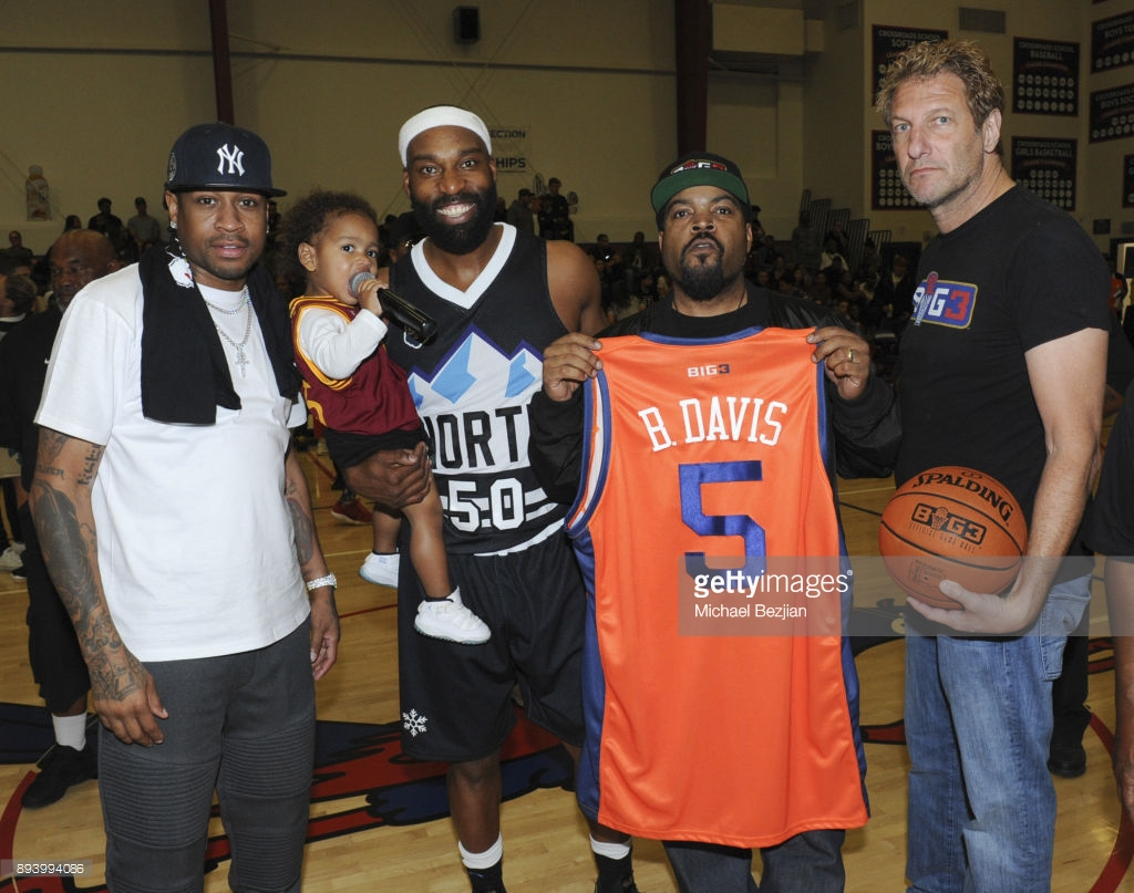 fa18106f3a85a0 FORMER NBA STAR BARON DAVIS SIGNS WITH BIG3  WILL JOIN COACH ALLEN ...